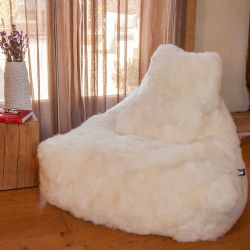 Baa Ivory Fur Super Lounger